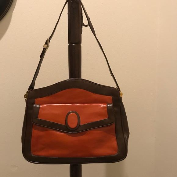 lou Taylor Handbags - Vintage Lou Taylor leather purse